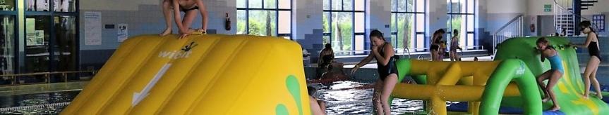 """Wodny tor przeszkód na pływalni """"Goczuś"""" Kliknięcie w obrazek spowoduje wyświetlenie jego powiększenia"""