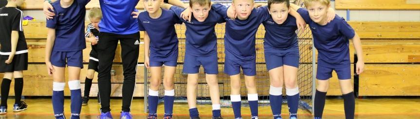Najmłodsi piłkarze w akcji Kliknięcie w obrazek spowoduje wyświetlenie jego powiększenia